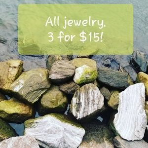 Jewelry - 💍📿All jewelry with 📿💍is 3 for $15.